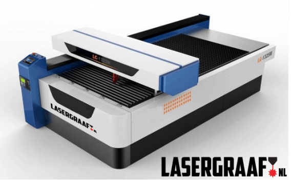 """- Metaal portaal laser 130 x 250 cm. """"Donna"""""""
