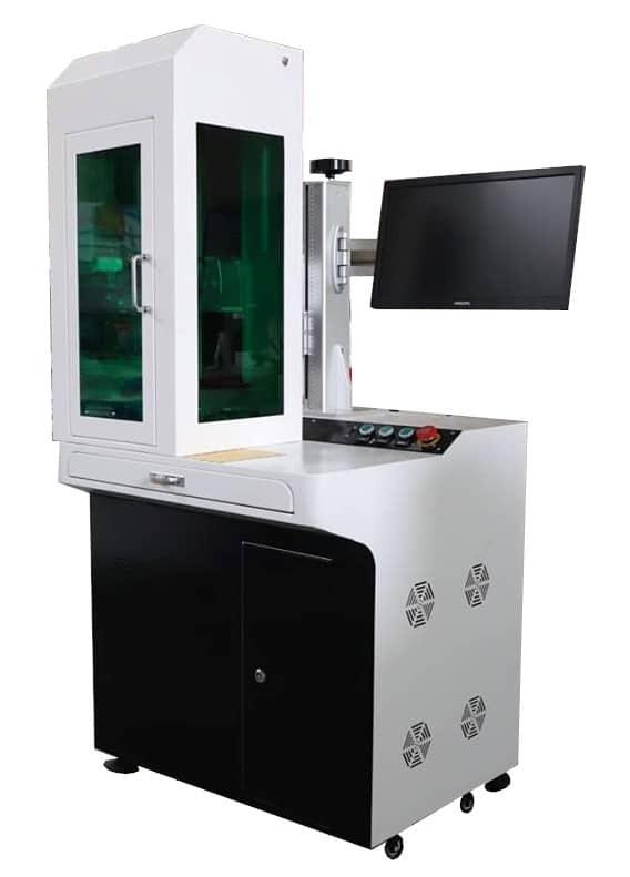 """pro-line-series, q-switched-fiber, mopa-fiber, fiber-lasers-voor-markeren-en-graveren - Q-switched fiber markeer laser """"EMMA"""" full desk"""