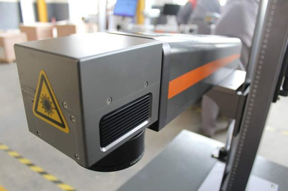 "- 20-100 W fiber laser ""Alice"" open desk"